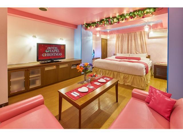 ピンク!ピンク!ピンク!(笑)女性に人気の可愛らしいメルヘンチックなお部屋です。薄いピンクがフェミニ...