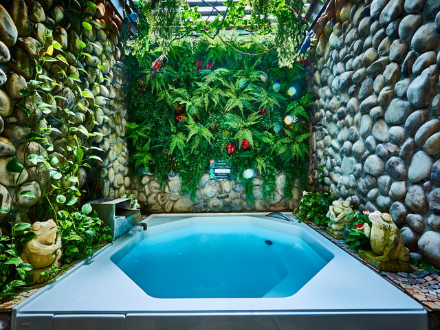 貸切露天風呂です。24時間ご利用可能です(メンテナンス時有り)