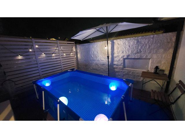 ガーデンプール(Red53,57号室)プールご利用時間9:00~23:30温水・水両用プール(温泉で...