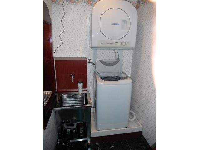 明石店にはランドリームームもございます。乾燥機もあり、洗剤も貸し出ししております!