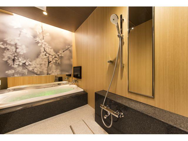 606【室内浴室】