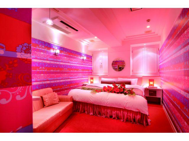 102号室・・・ミストサウナ完備で女性に大人気です!!