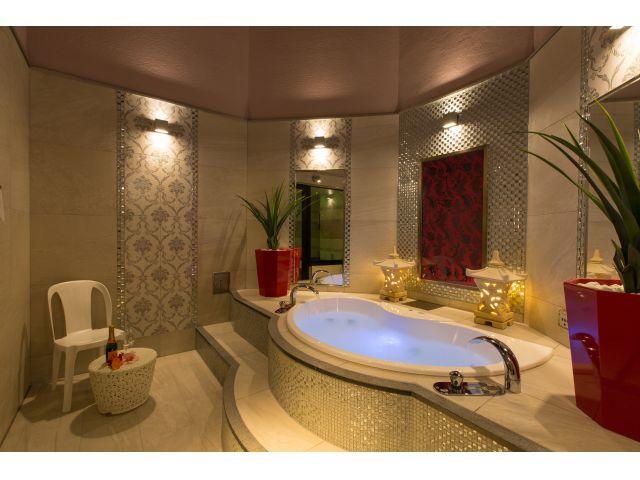 703/露天風呂 プライベートガーデンでリゾート気分を満喫