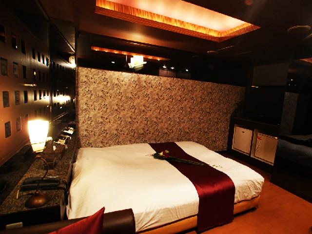 HOTEL  TEN-UN  ( ホテル テンウン )