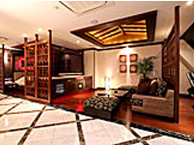 HOTEL  KiRaRa  ( ホテル キララ )