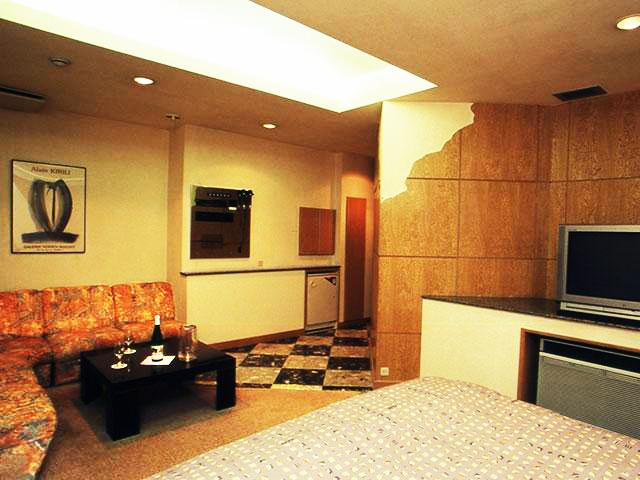 HOTEL AZAD(ホテル アザドゥ)