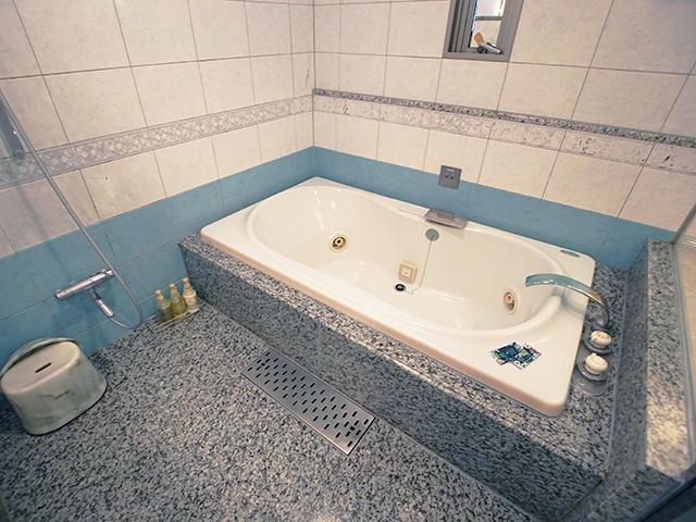 501号室 バスルーム