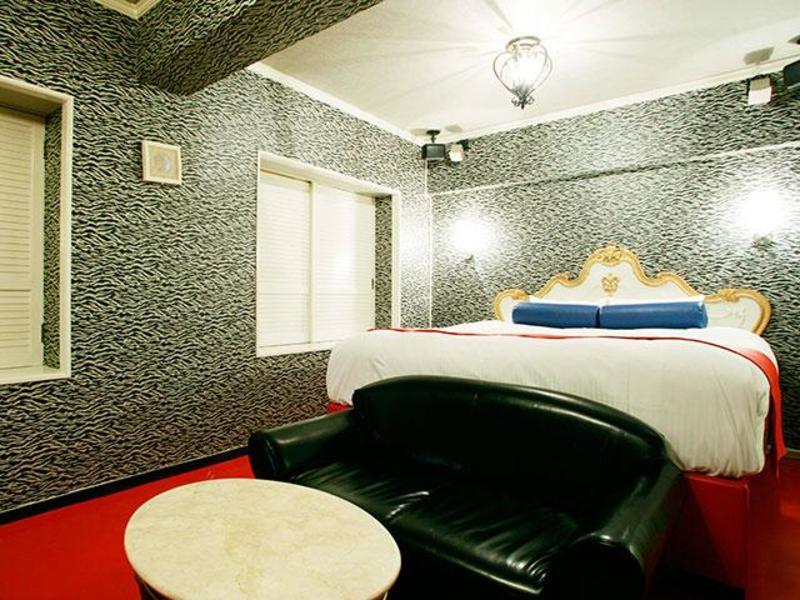 ホテル カサディドゥエ