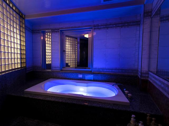 浴室 / お食事メニュー 【浴室紹介】広々お風呂でゆったりしましょう♪