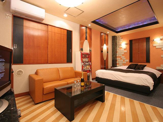 HOTEL DEN ( ホテル デン )