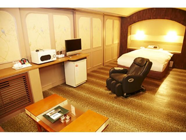 ホテル ファニーズ
