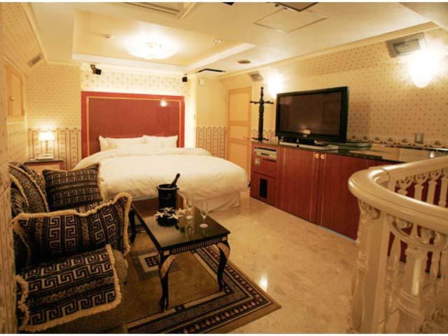 HOTEL MEGURO EMPEROR (ホテル 目黒エンペラー)