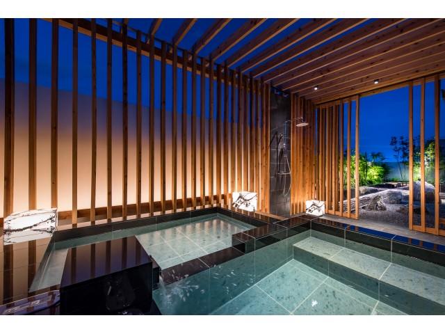601 開放的な露天風呂で・・・