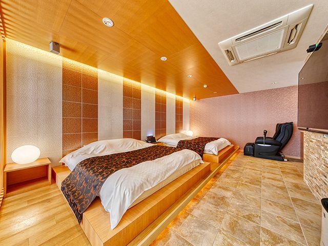 HOTEL LOTUS 豊中店 * BestDelightグループ *