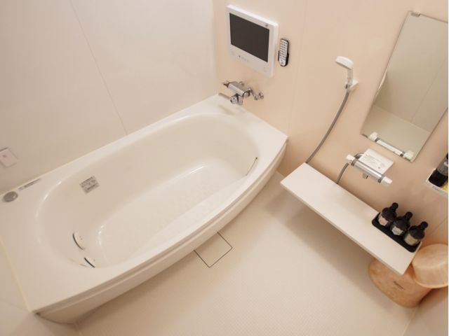 210 210(バスルーム)