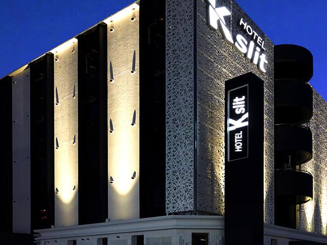 HOTEL K slit