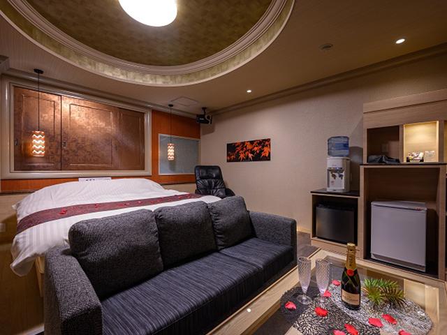 HOTEL SWEET SEASON 埼玉川越桜の川店