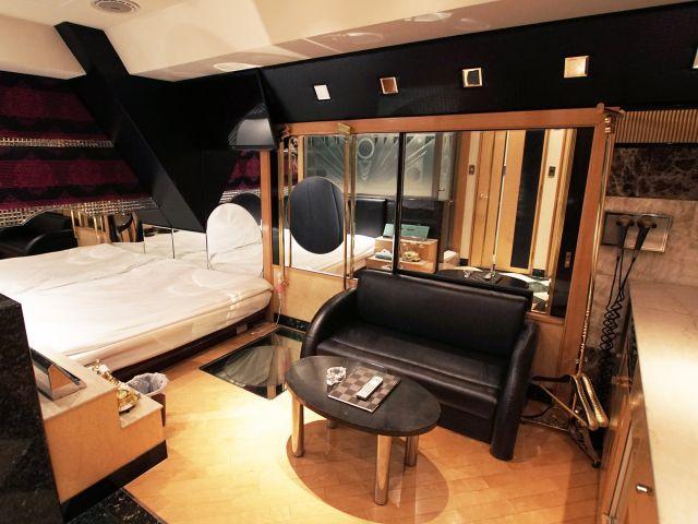 602 (HOTEL X) ベットルーム