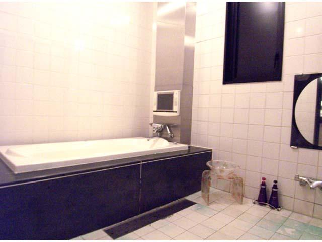 部屋タイプ1 開放感のあるバスルーム