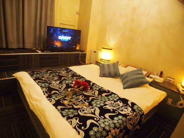 ホテル 24(ホテル トゥウェンティフォー)