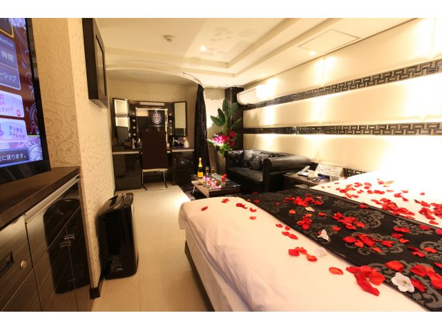 LUSSO CROCE URBAN HOTEL ( ルッソ クローチェ アーバン ホテル )