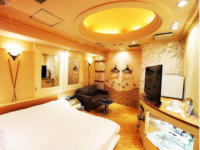 HOTEL PARIS( パリス )