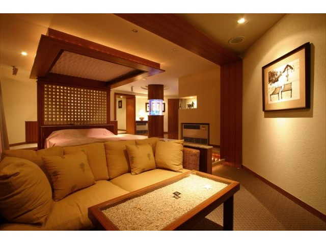 フォーシーズンズスイートルーム 601号室 広々とした客室