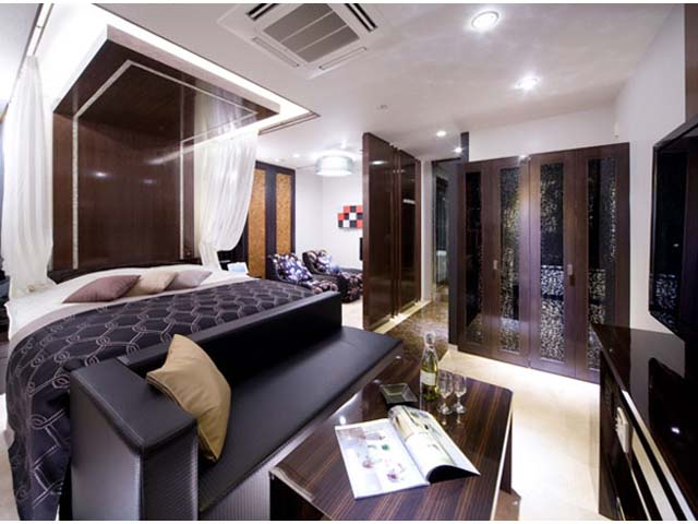 JEWEL HOTEL -LUXURY & MODERN-