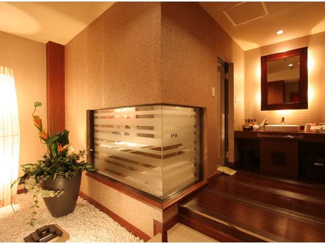 301 リゾートさながらの洗面スペース