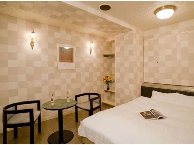 ホテル セレナーデ