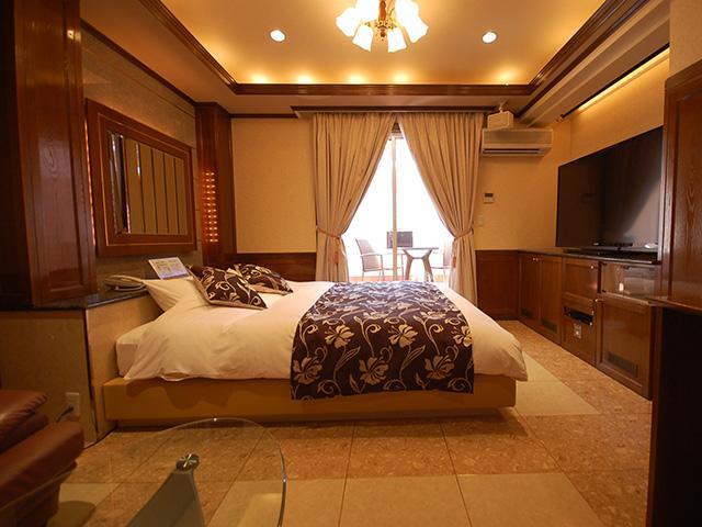 HOTEL ROSE (ホテル ローズ)