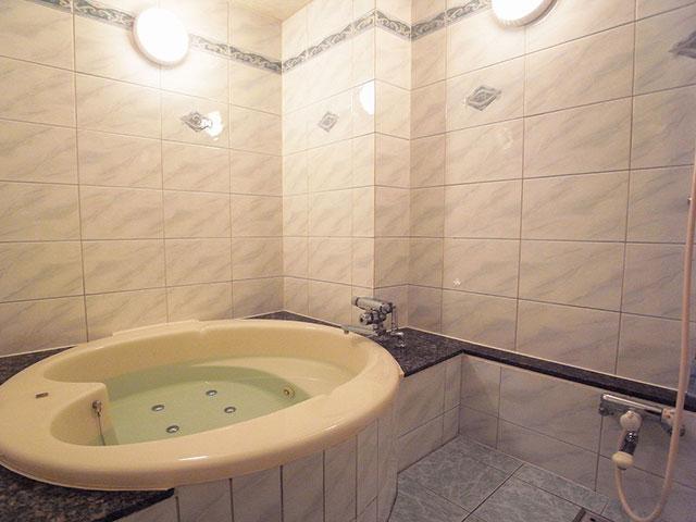 HOTEL ESSOR (ホテル エソール)
