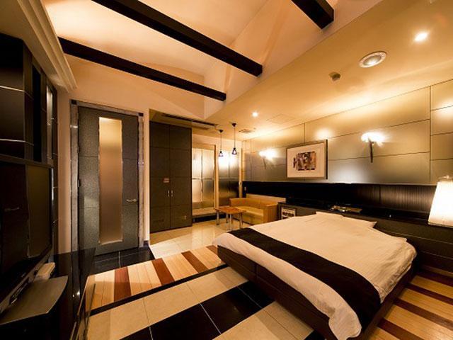 ホテル  メイプル