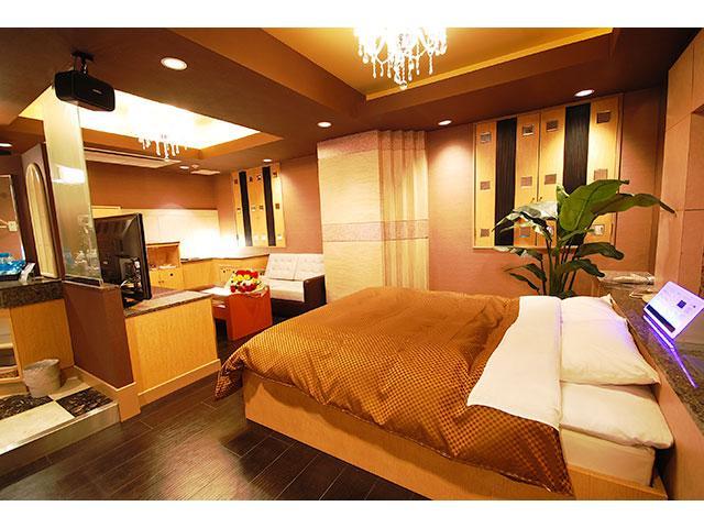 HOTEL DOLLY KISS(ホテル ドーリーキス)