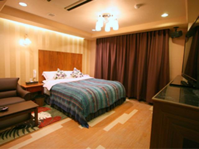 HOTEL AURA 小野店(ホテル オーラ 小野店)