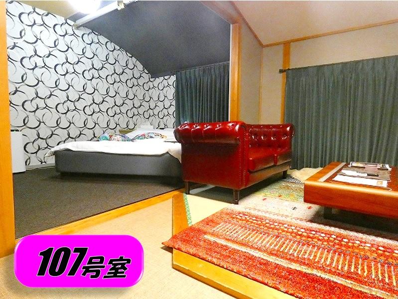 107 ベッドルーム