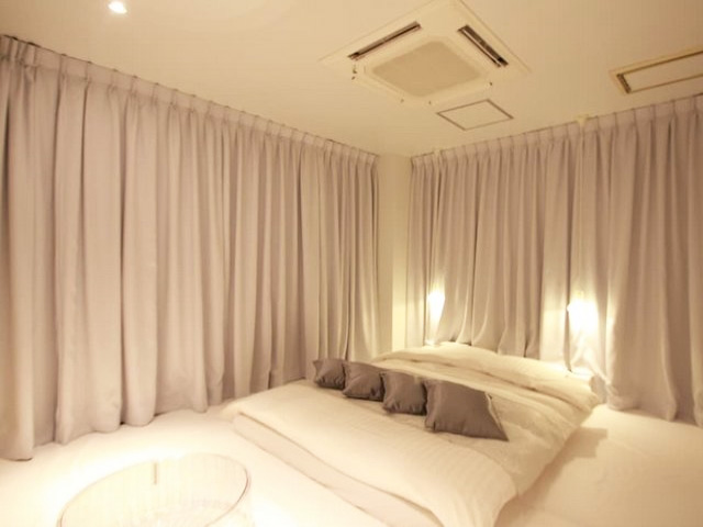 HOTEL EDOYADO