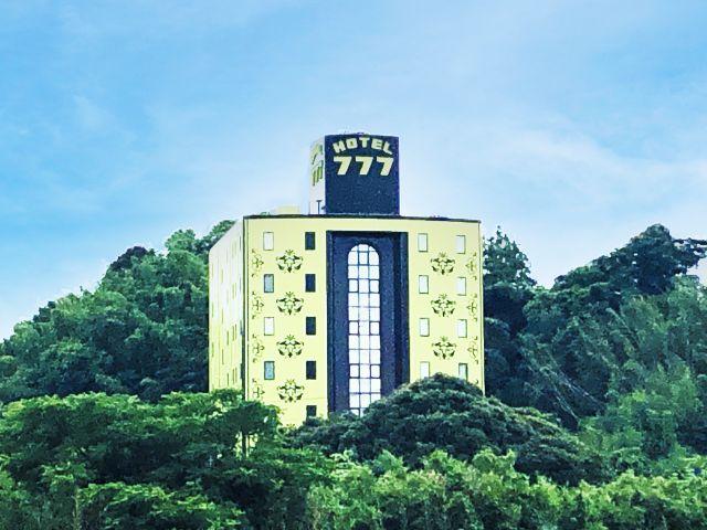 HOTEL 777