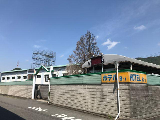 HOTEL  B-1