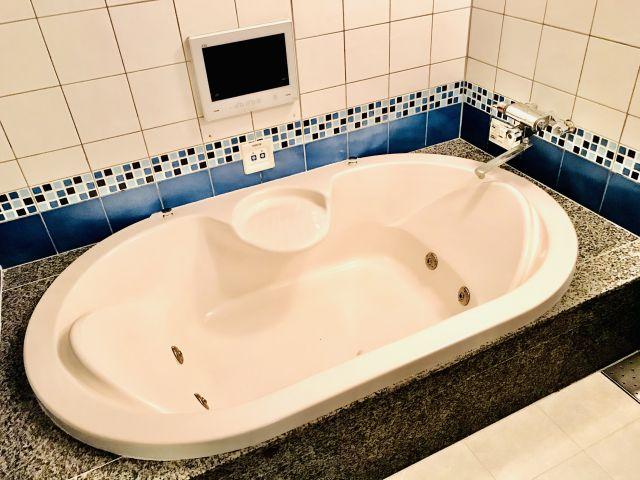 121号室 浴室
