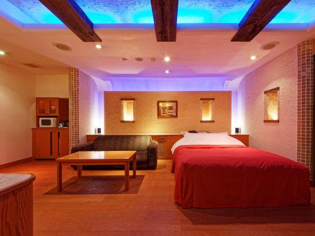HOTEL NOON