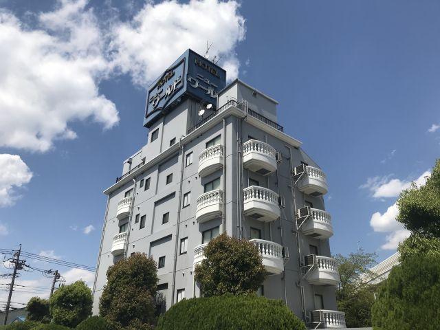 ホテル ニューワールド