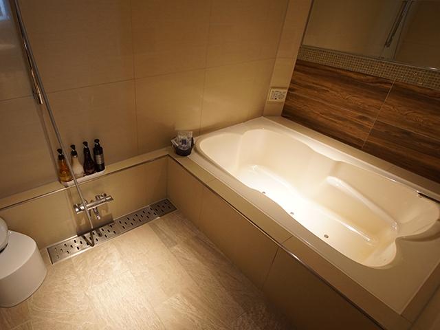 303 Cランク バスルーム