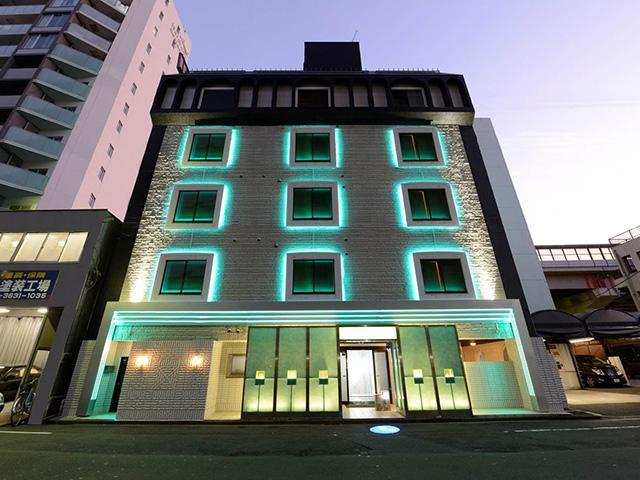 HOTEL HAND'S TOKYO(�z�e�� �n���Y �g�E�L���E)