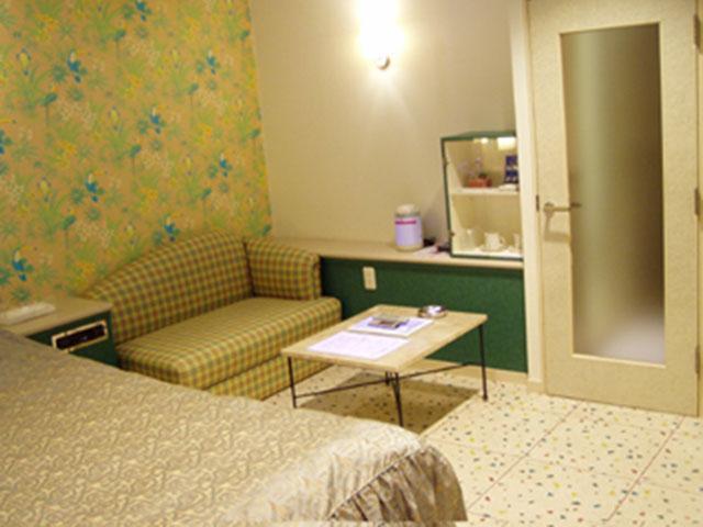 HOTEL B・P ( ホテル バイパス )
