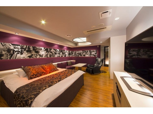 HOTEL BENI(ホテル ベニ)東三国