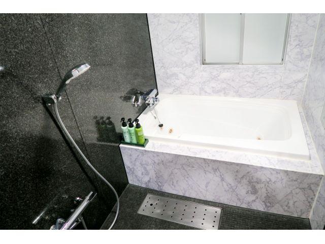 202号室 バスルーム