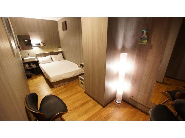 客室③ 05号室(ベッドルーム)