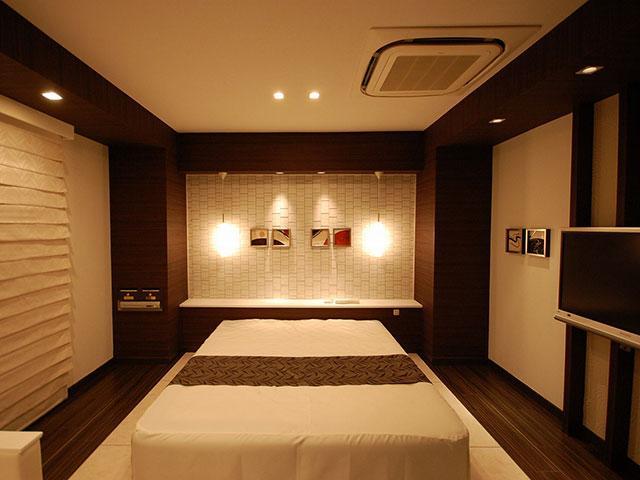 ホテル パレ・ド・フルー豊中店