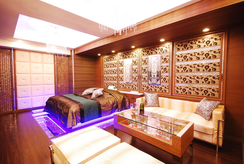 305部屋部分…高級感のある上品なお部屋で、細かいところまでしっかりと凝られているのでいろいろな使い方が出来そうです♪